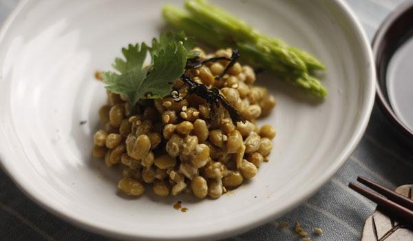 投稿画像 日本で人気の食べ物5選 納豆 - 日本で人気の食べ物5選